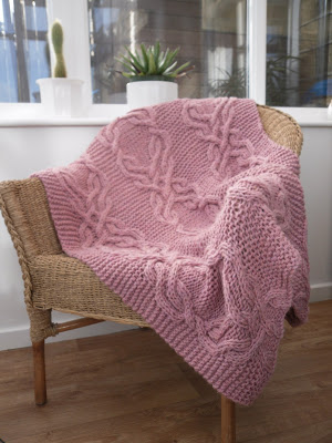 lovely cable knit lap blanket