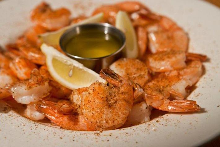 shuck_peel and eat shrimp