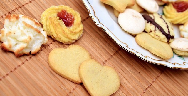 cookie-547636_640