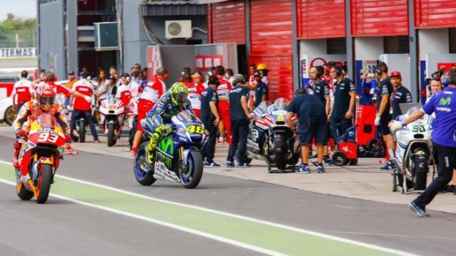 change bikes on Argentina MotoGP 2016