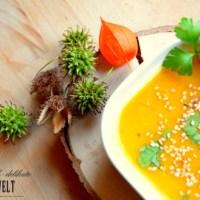 Asiatische Kürbissuppe mit Sesam