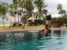 Blog0716-SriLanka-iPhone-IMG_4367