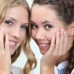 Комплименты девушке от девушки: правда, лесть или этикет?