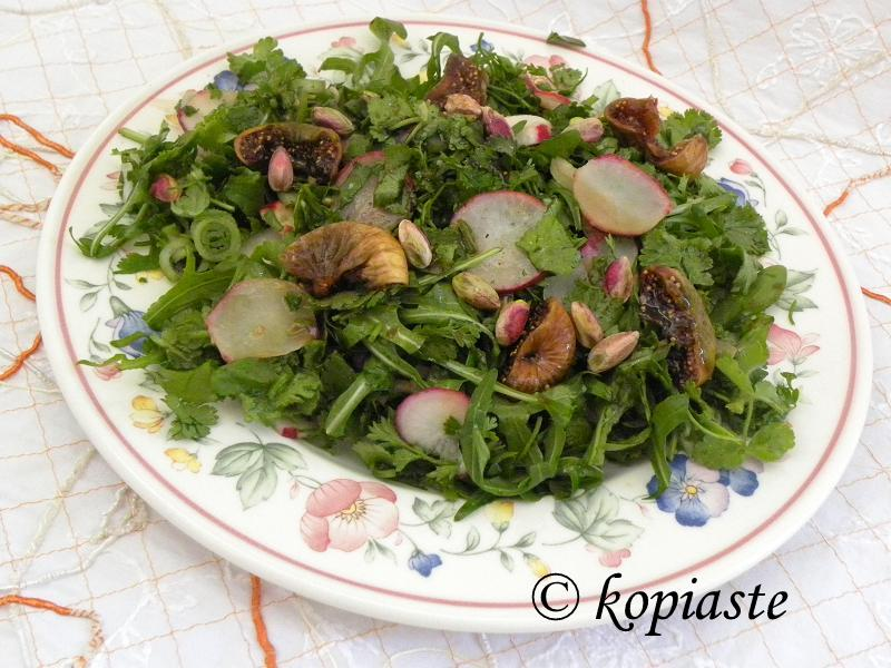 Rocket Salad with poached figs and pistachios2