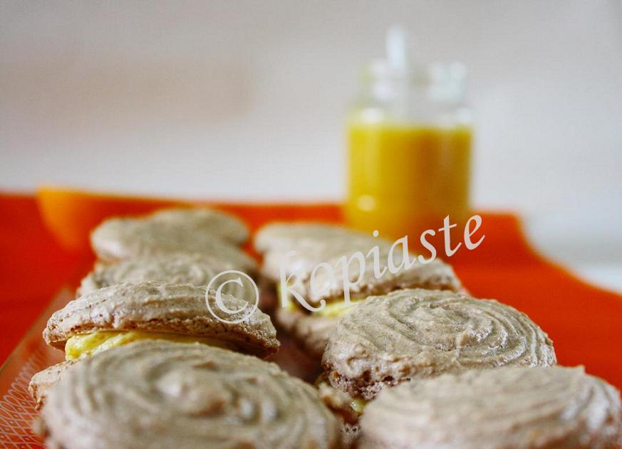 Macarons with Orange Curd marked