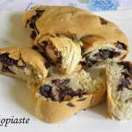 Vegan Herbed Eliopsomo (Olive Bread) with Pesto