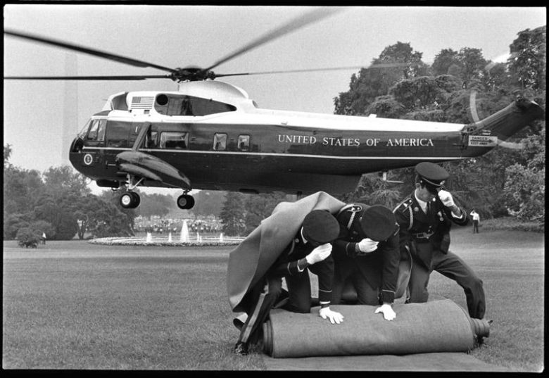 Nixon's helicopter leaving the White House in 1972