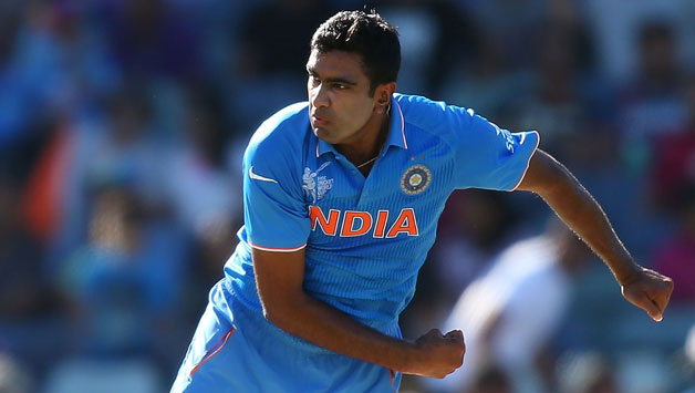 Ravichandran-Ashwin-of-India-bowls35