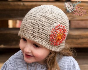 Free simple single crochet hat by KT and the Squid. Newborn to adult.