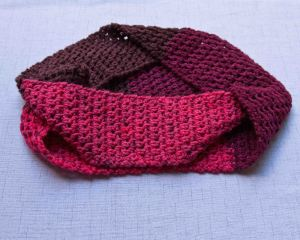 Crochet Patterns Using Sweet Roll Yarn : Cherry Cowl Free Pattern and Sweet Roll Review KT and the Squid - KT ...