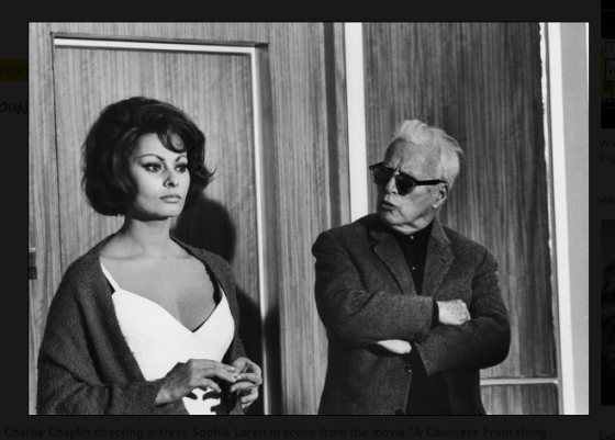 "Charlie Chaplin (Director) und Sophia Loren ""A Countess From Hong Kong,"""