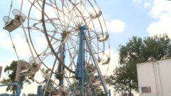 http://www.kwwl.com/story/32304339/2016/06/24/carnival-ride-safety-at-sturgis-falls