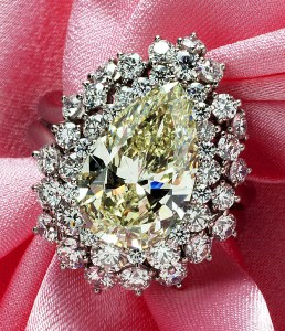 Yellow Diamond Ring AT082