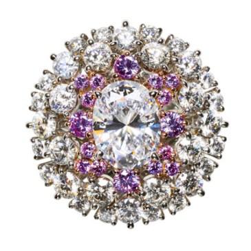 Diamond 1.110 ct, D SI1 Pink Diamond 0.218 ct Diamond 1.540 ct GIA Certificate Platinum 900 K18 PG