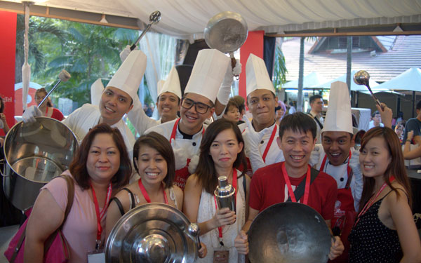 these aren't the real chefs I think, with Hanis & Shing from HungryGoWhere Malaysia