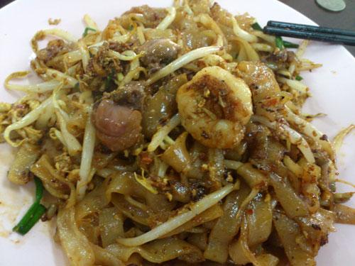 glorious char kuih teow, just need bigger prawns actually