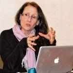 Cécile Sabatier présentait le résultat de ses recherches au CRÉFO de l'Université de Toronto mercredi dernier.