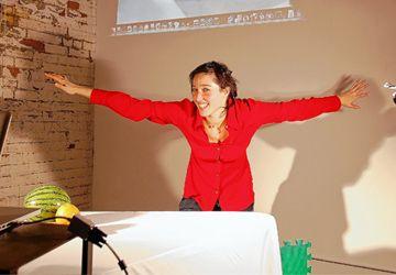 Marisa Hoicka prépare sa performance de vendredi soir prochain dans le cadre de la soirée «Célébration du temps des Fêtes» au Labo.
