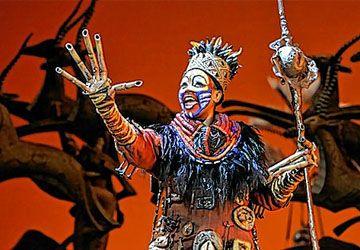Jusqu'à la mi-juin, petits et grands sont invités à répondre à l'appel de Rafiki pour célébrer le retour tant attendu de l'indétrônable Roi Lion.