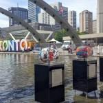 L'exposition de cerveaux en face de l'Hôtel de Ville de Toronto. (Photo: Nathalie Prézeau)