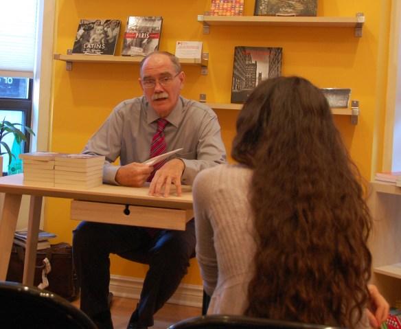 Le prof Norman Cornett à la librairie Mosaïque le 14 septembre.