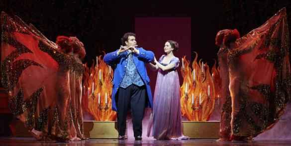 Andrew Haji et Elena Tsallagova dans «La Flûte enchantée» à la COC. (Photo: Michael Cooper)