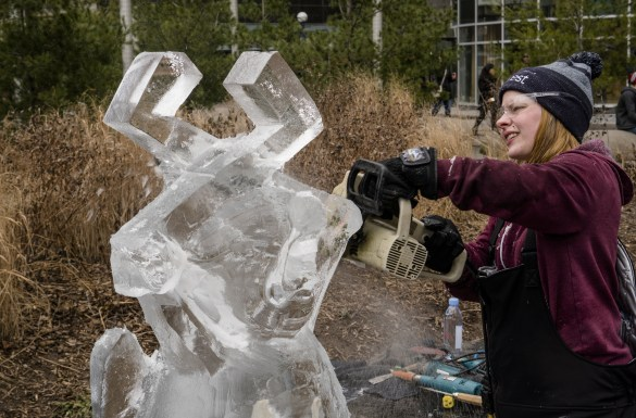 Sculpture de glace dans le quartier Yorkville, (Photo: Philippe Davisseau)