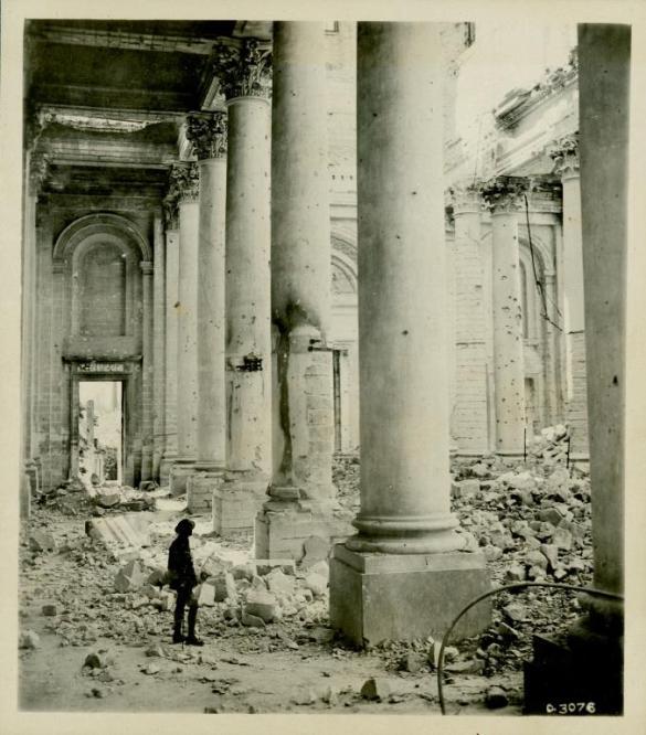 Vue intérieure de la Cathédrale d'Arras, de William Rider-Rider.