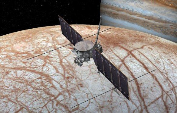 La sonde Clipper en orbite autour d'Europe, imaginée par la NASA.