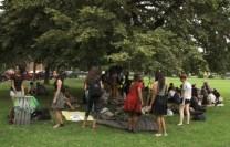 Une centaine de Français ont pique-niqué au parc Dufferin Grove dimanche.