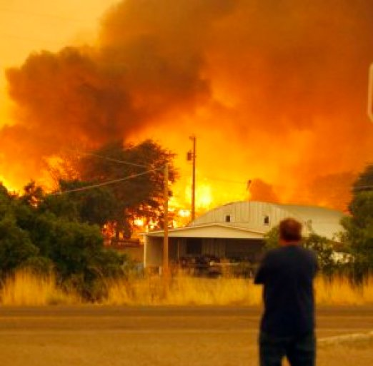 Dean Smith watches as the Yarnell Hill Fire encroaches …