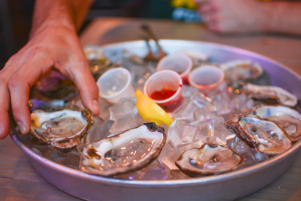 Great seafood and chill atmosphere at Shuckin Shack Oyster Bar