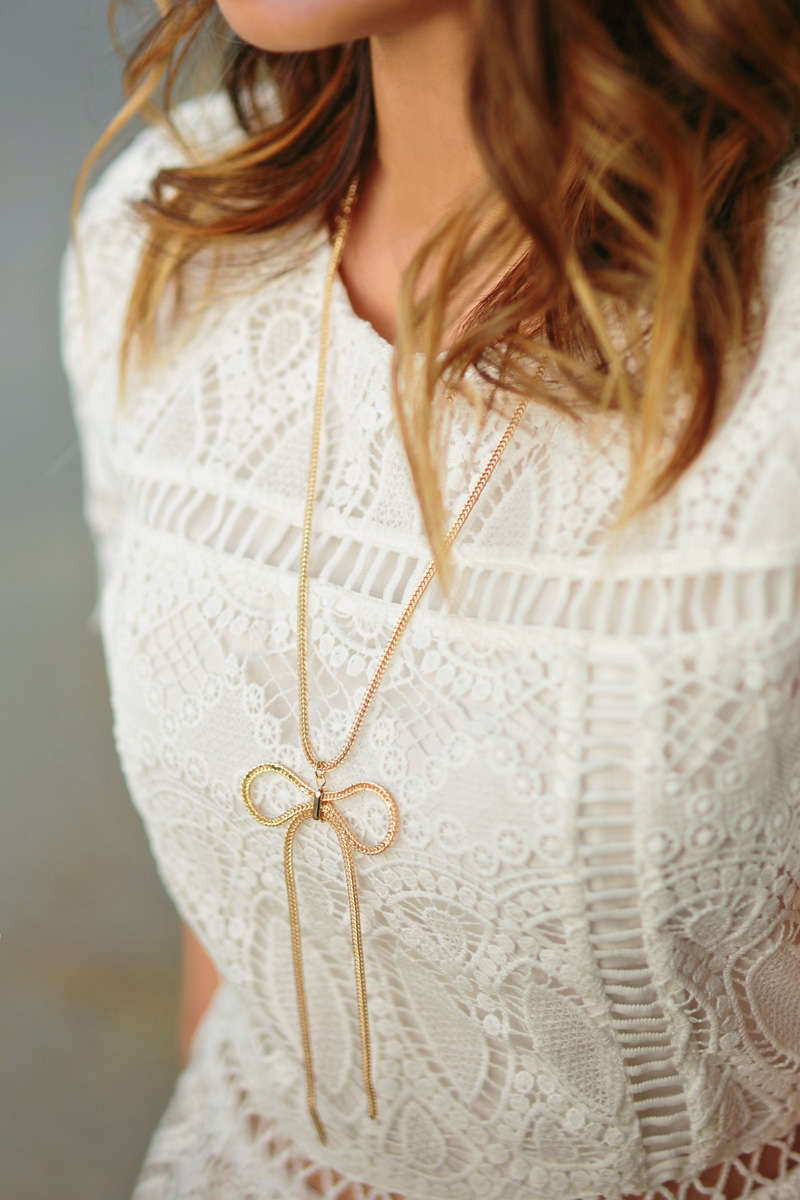 petite fashion blog, lace and locks, los angeles fashion blogger, lace peplum top, pink bow shoes, blush tote, cute denim outfit