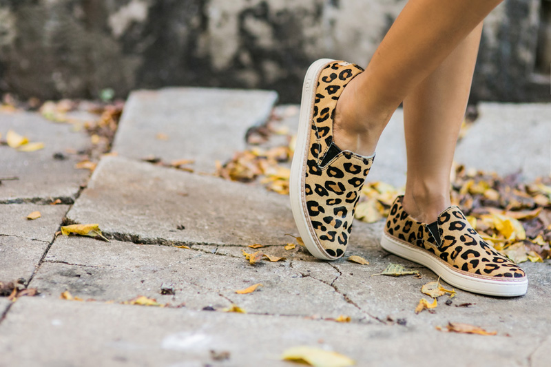 petite fashion blog, lace and locks, los angeles fashion blogger, oc fashion blogger, fall outfit, nordstrom fall fashion, casual ugg, ugg shoes, suede jacket