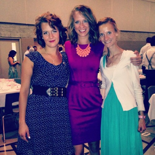 Wedding with the sisters.