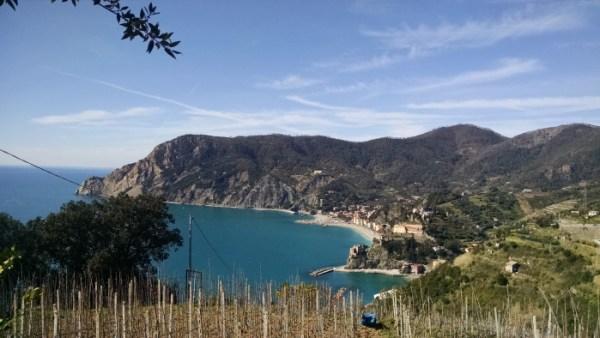 Monterosso desde el sendero a Vernazza
