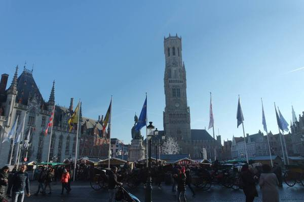 El Markt, la Navidad en Brujas