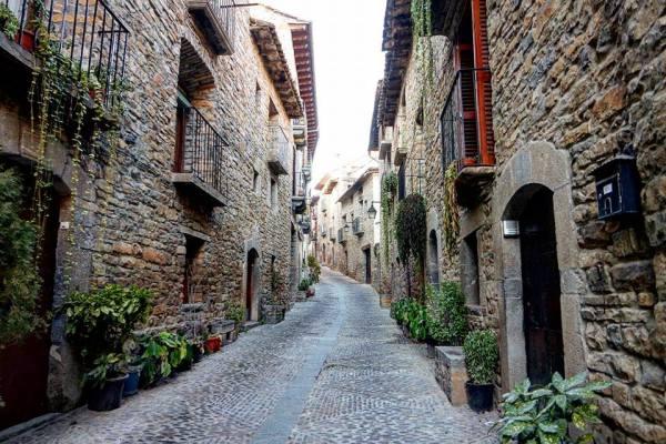 Aínsa, 7 días por Aragón