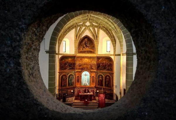 Iglesia, Conventual de Calera de León