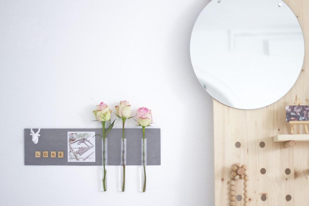 La délicate parenthèse création DIY blog deco, tableau décoratif fleuri aimanté