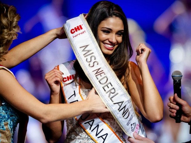 7042870 orig Chelseas Didier Drogba suspected of cheating after 2014 Miss World Netherlands drops hint