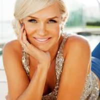 Yolanda Foster on the Perfect Dinner Party