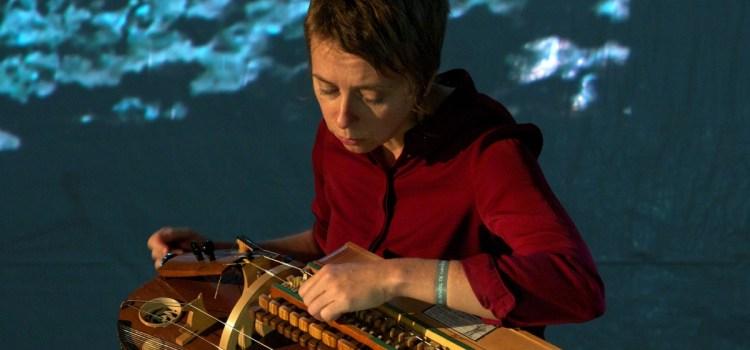 Hurdy Gurdy # Myst.  Laurence Bourdin. Concert-Vidéo pour vielle à roue électroacoustique solo.