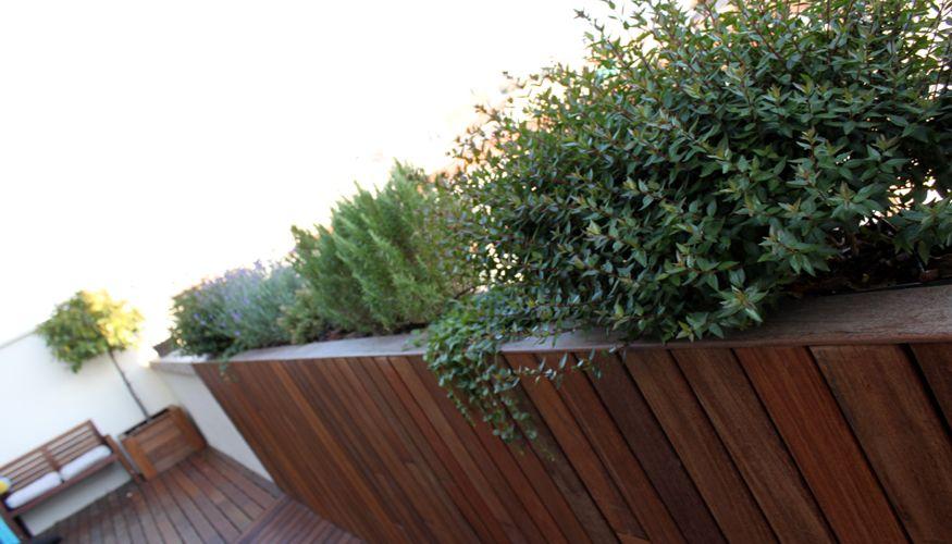 Dise o moderno de jard n en tico la habitaci n verde - Jardines en aticos ...