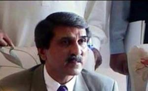 Makhdom Ahmad mehmood