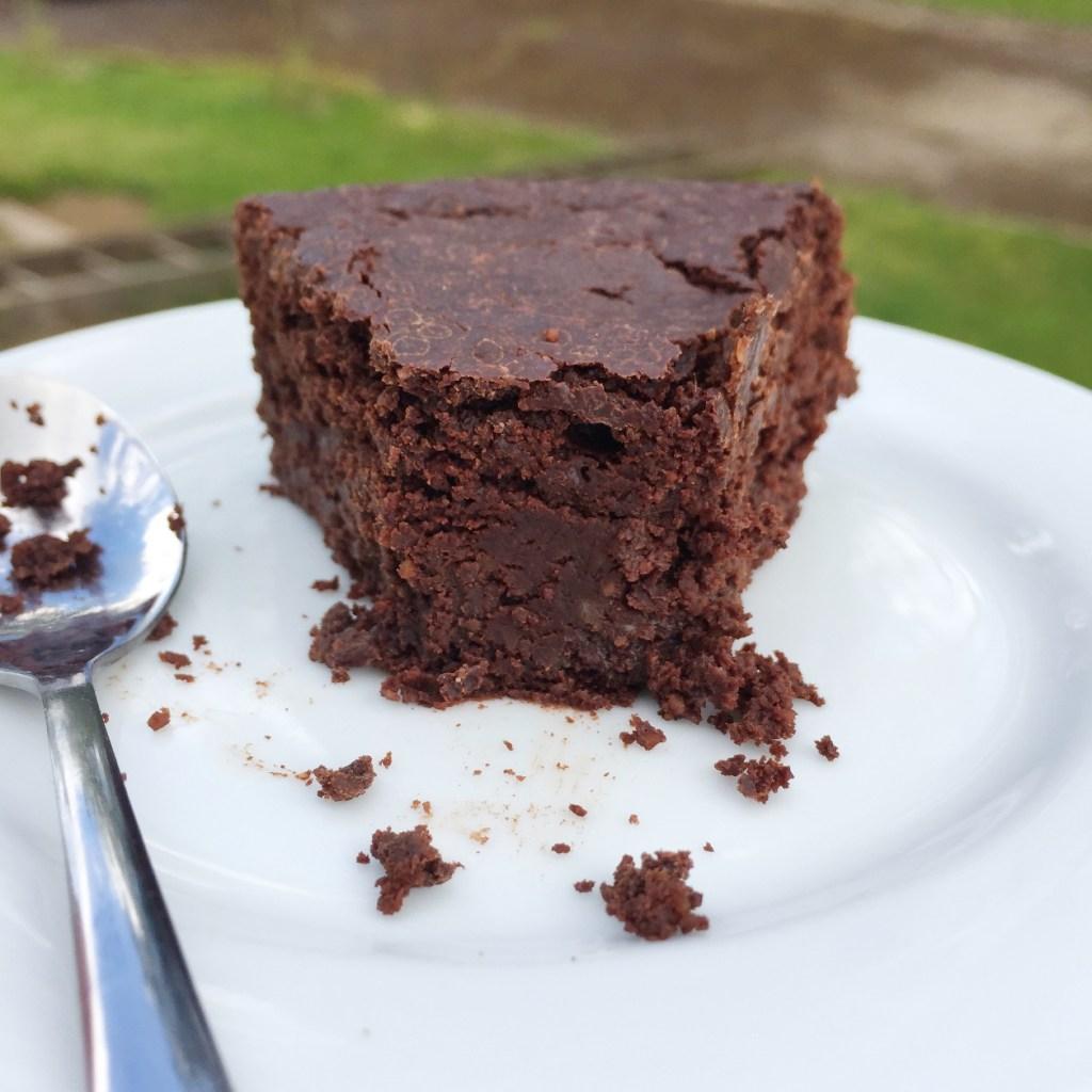 La ligne gourmande moelleux fondant au chocolat sans sucre ni beurre vegan et sans gluten - Gateau au chocolat sans sucre ...