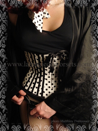 corset court sur mesure 1860