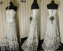 robe-de-mariee-corset-boheme-jupe-a-volants-grise-blanche-lili