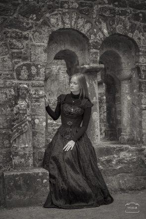 robe-de-mariee-noire-victorien