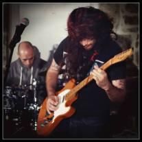 defile-trouzilit-music-guitare